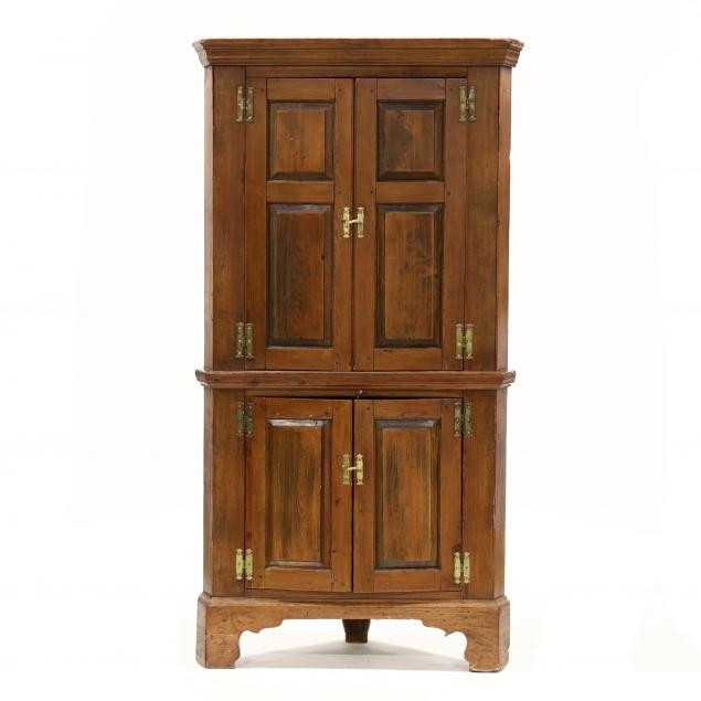 diminutive-southern-chippendale-yellow-pine-corner-cupboard