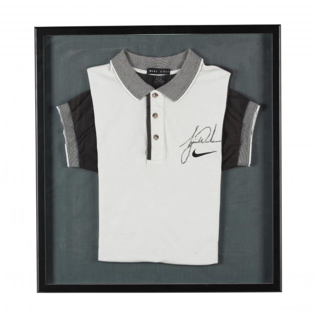 tiger-woods-signed-nike-golf-shirt