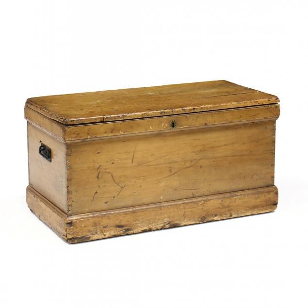 antique-pine-tool-chest
