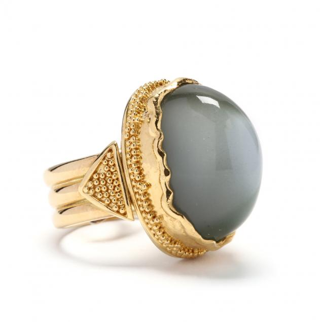 gold-and-cat-s-eye-moonstone-ring
