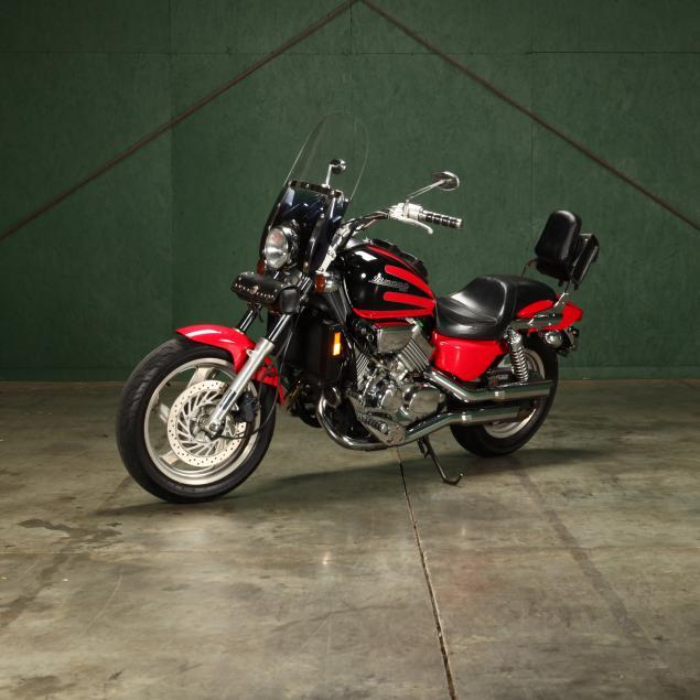 1997-honda-magna-motorcycle