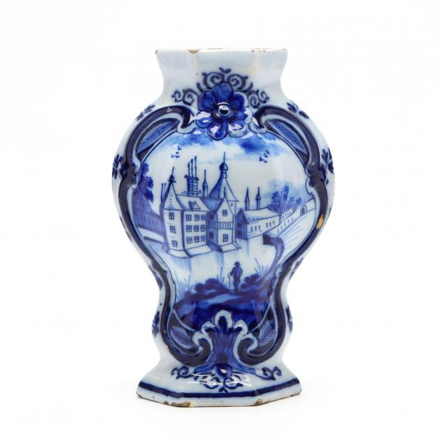 delft-cobalt-decorated-vase