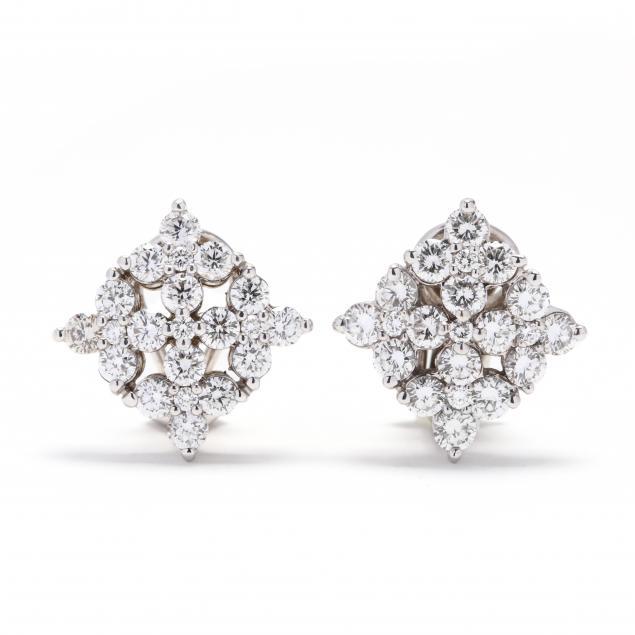 18kt-white-gold-and-diamond-earrings-hammerman