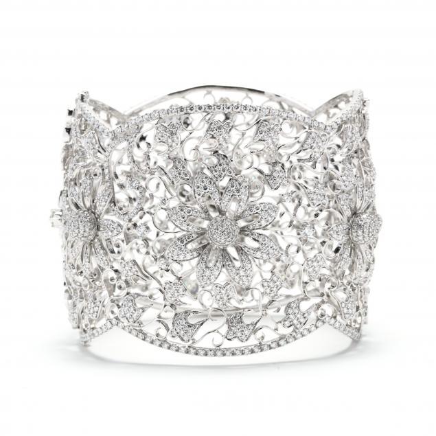 white-gold-and-diamond-bracelet