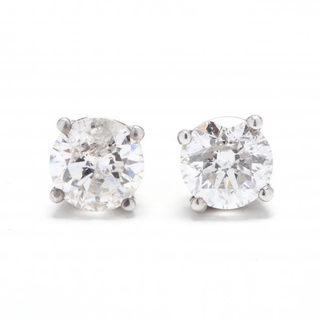 pair-of-14kt-white-gold-diamond-stud-earrings