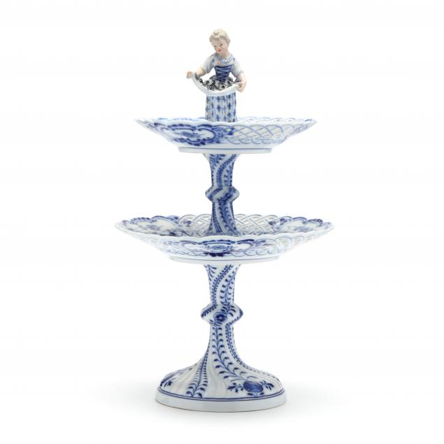meissen-blue-onion-tiered-compote