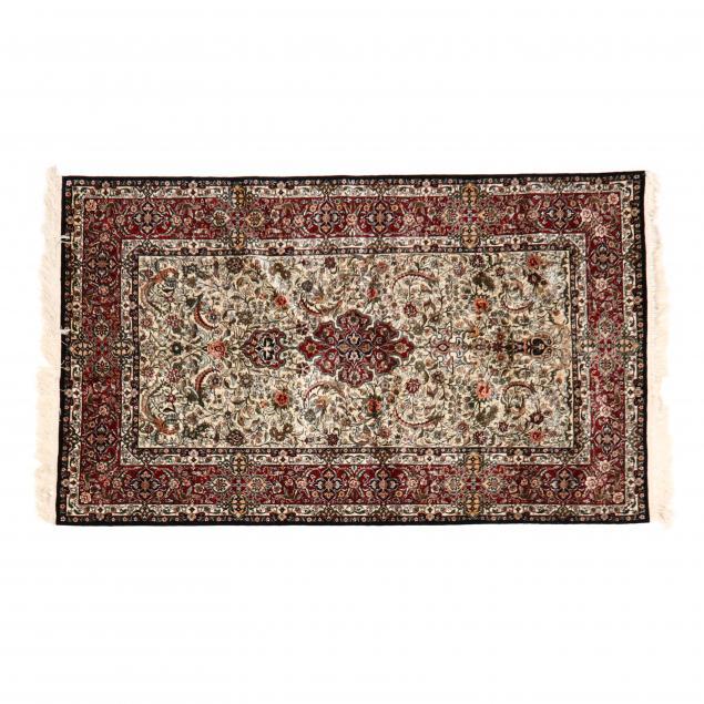 indo-persian-area-rug