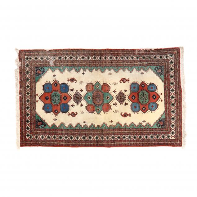 indo-persian-room-size-carpet
