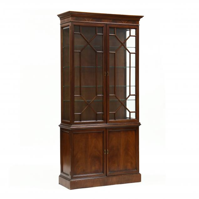 chippendale-style-mahogany-lighted-display-cabinet