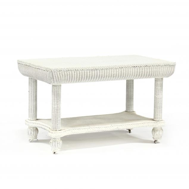 vintage-wicker-center-table