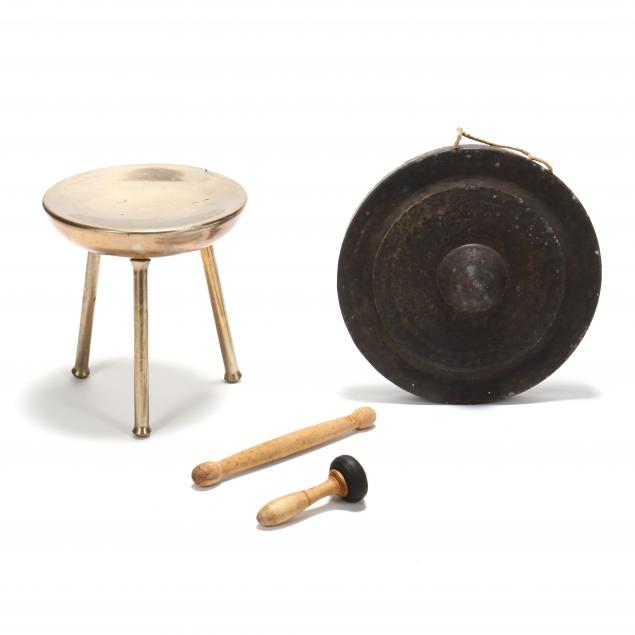 brass-gong-and-stand