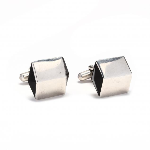 vintage-silver-and-onyx-cufflinks-antonio-pineda