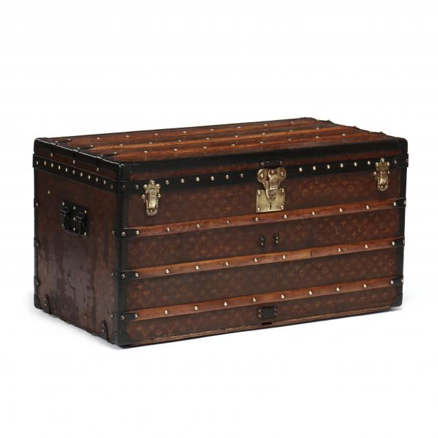 vintage-steamer-trunk-louis-vuitton