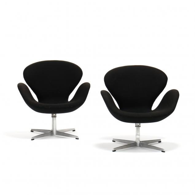 arne-jacobsen-danish-1902-1971-pair-of-swan-chairs