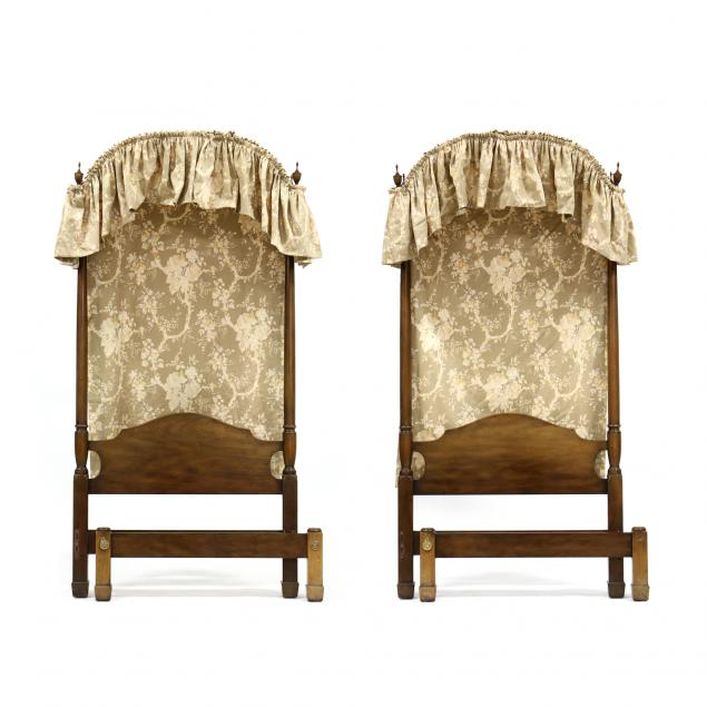 kittinger-pair-of-mahogany-twin-beds-with-canopies