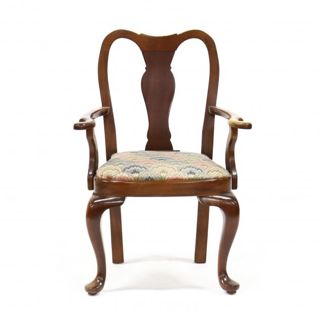 child-s-queen-anne-style-mahogany-armchair