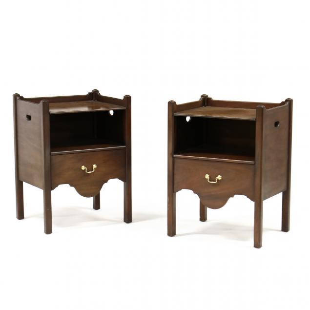 kittinger-williamsburg-adaptation-georgian-style-pair-of-one-drawer-stands