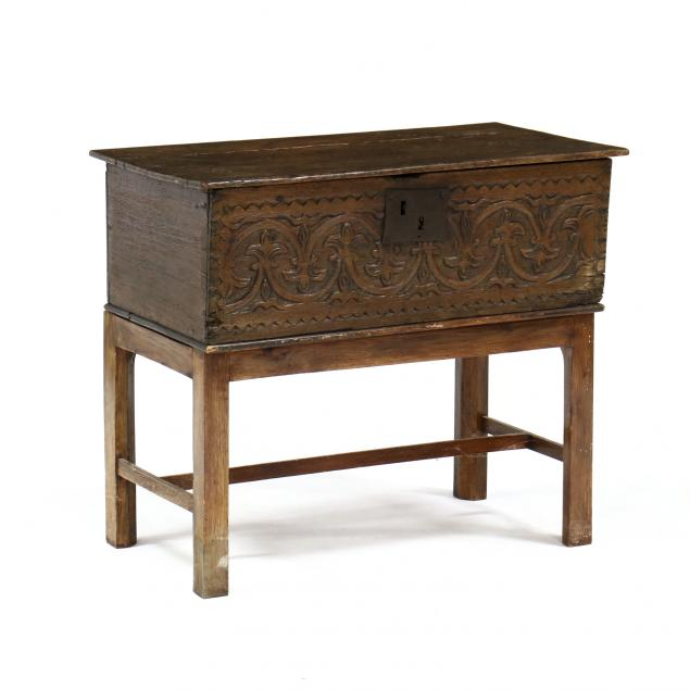 continental-carved-oak-bible-box