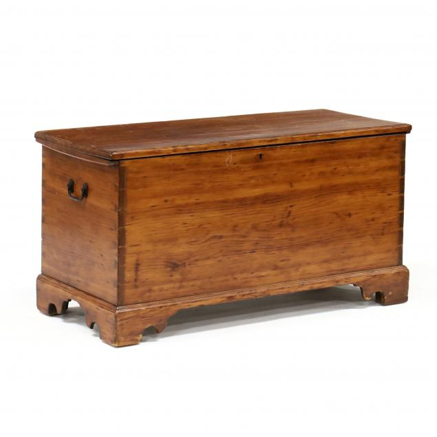 american-chippendale-pine-blanket-chest