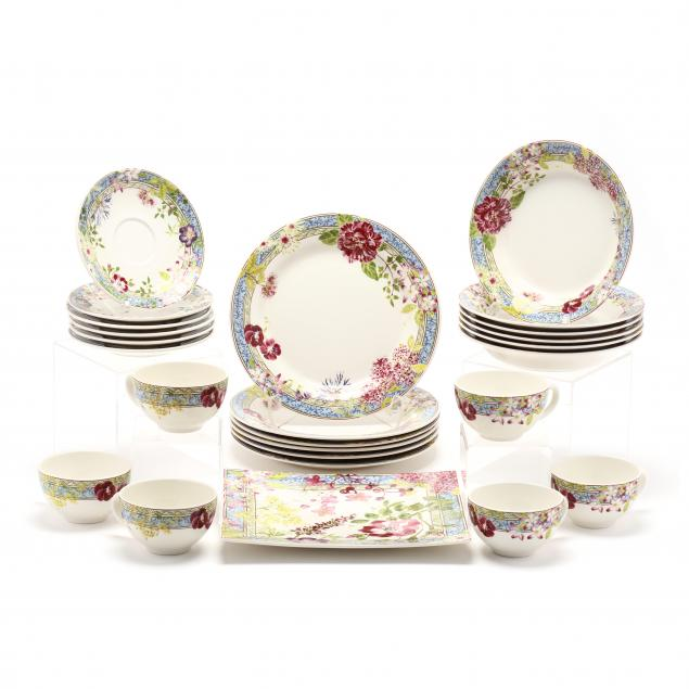 25-pieces-of-gien-millefleurs-porcelain-tableware