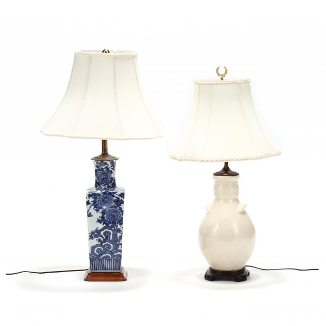 two-chinese-decorative-porcelain-table-lamps