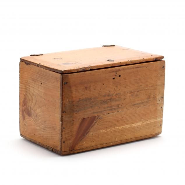 antique-candle-crate