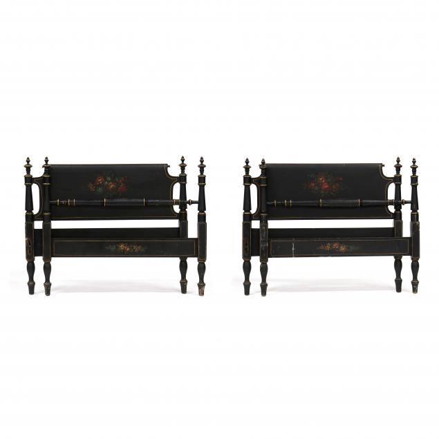 pair-of-antique-painted-3-4-size-beds