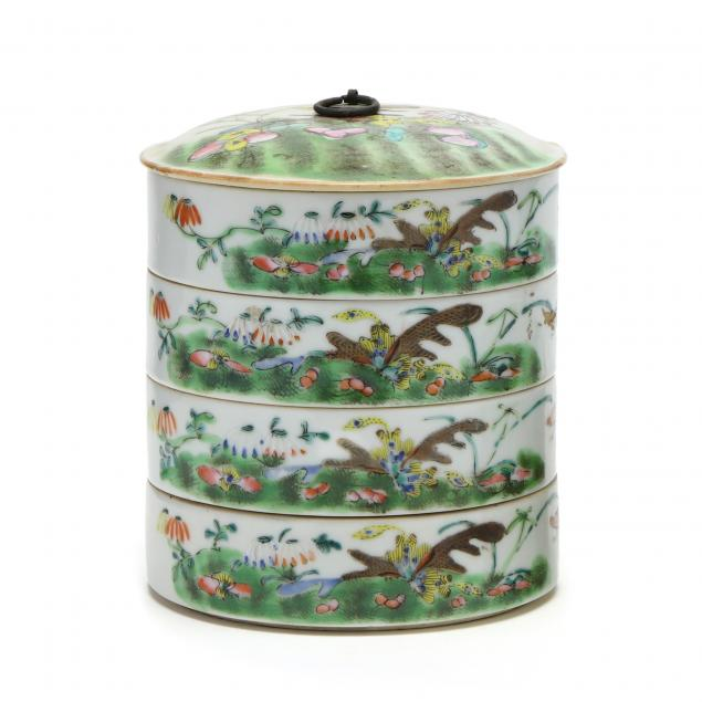 a-chinese-stacked-porcelain-food-container-with-cover