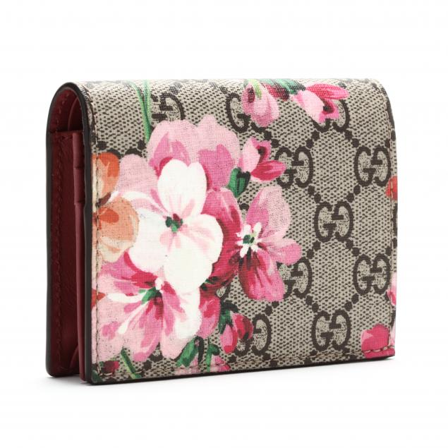 a-gucci-flip-card-case-blooms