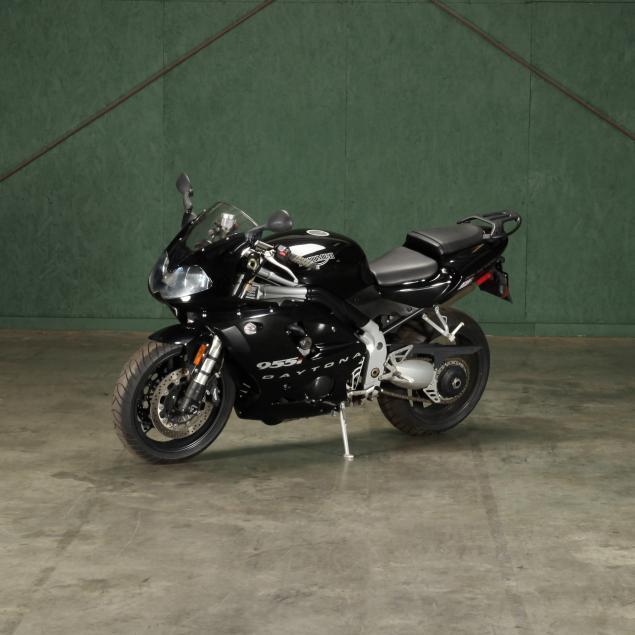 2003-triumph-daytona-955i-sportbike