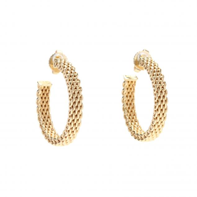 18kt-gold-hoop-earrings-tiffany-co