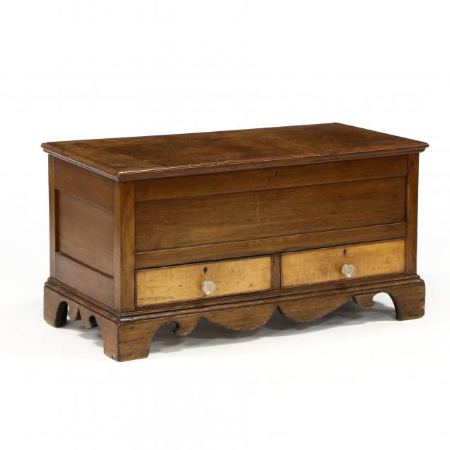 american-chippendale-diminutive-blanket-chest