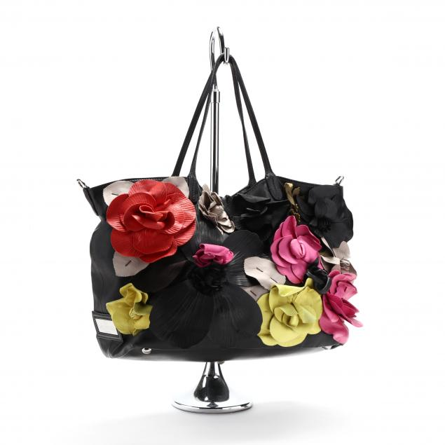 nappa-black-leather-flower-tote-valentino