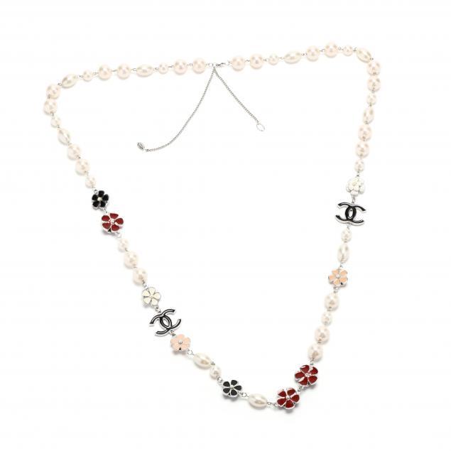 vintage-chanel-long-necklace