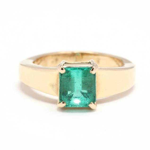 gold-and-emerald-ring