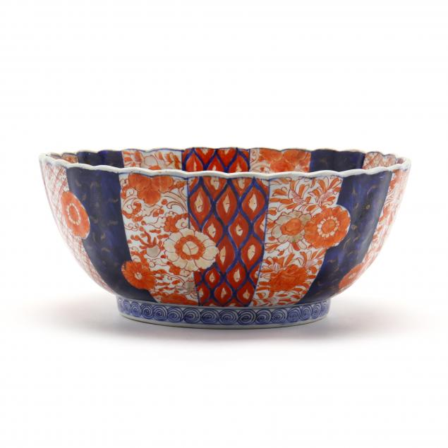 an-imari-porcelain-center-bowl