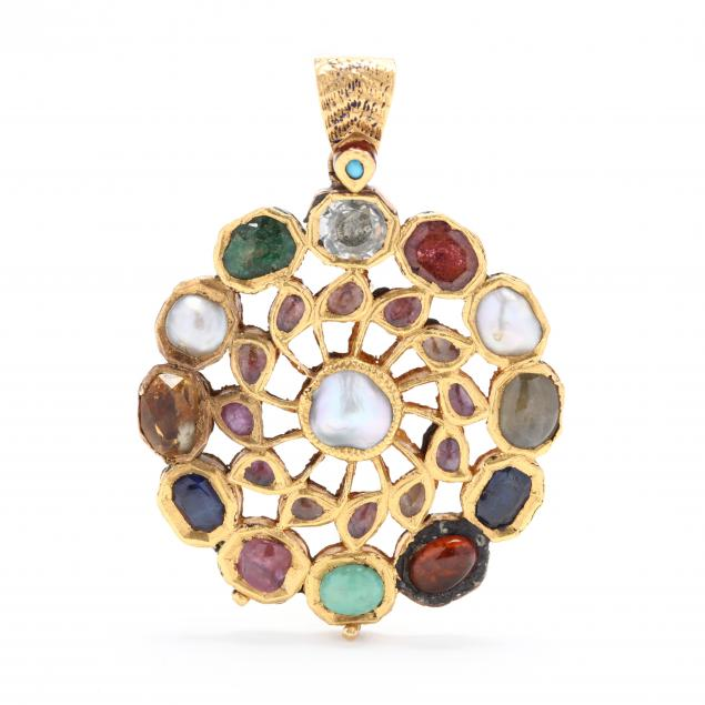 gold-polychrome-enamel-and-gem-set-pendant