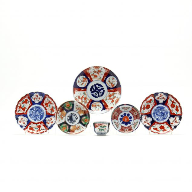 a-group-of-japanese-porcelain-imari