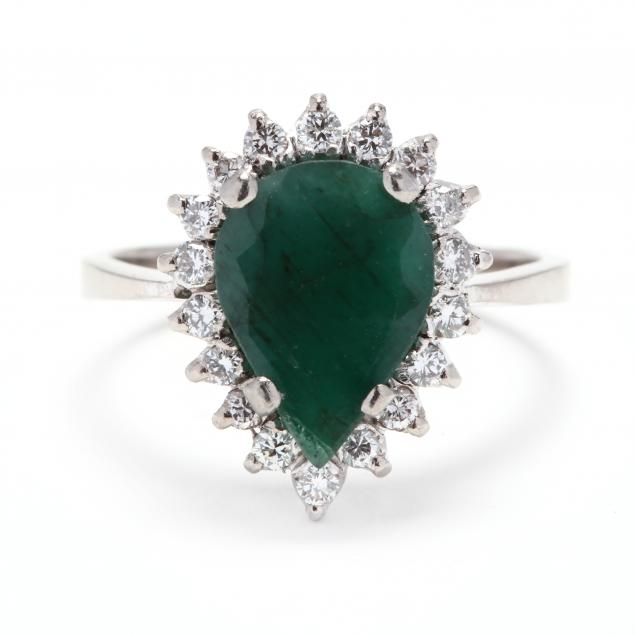 white-gold-emerald-and-diamond-ring