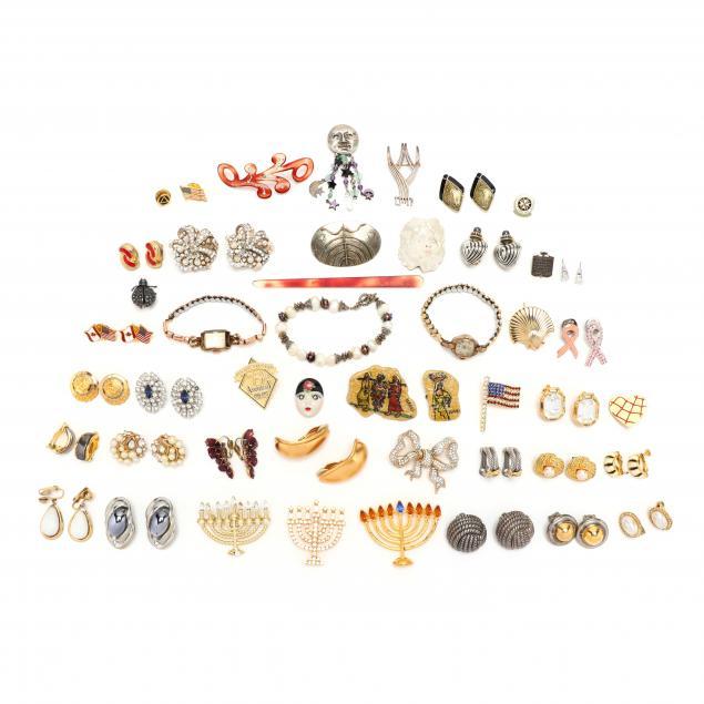group-of-costume-jewelry-jewelry-box