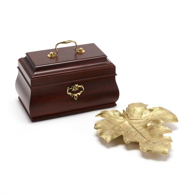 colonial-williamsburg-jewelry-box-and-leaf-dish