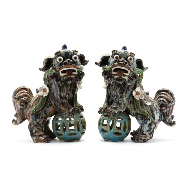 a-pair-of-chinese-foo-lions