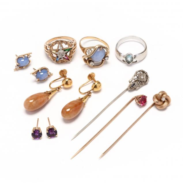 group-of-gold-jewelry-items