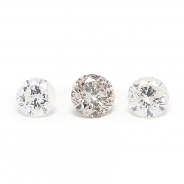 three-loose-round-brilliant-cut-diamonds