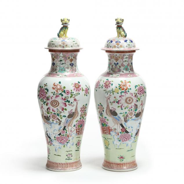 a-pair-of-chinese-famille-rose-soldier-vases-with-covers