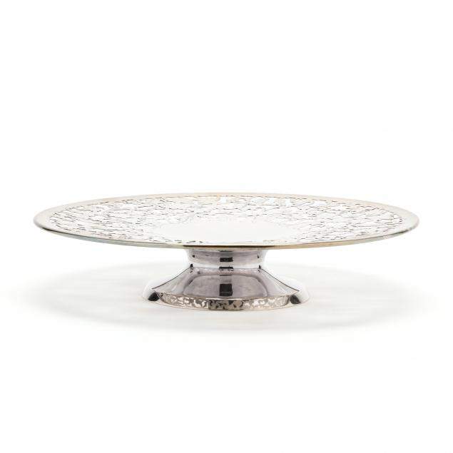 sterling-silver-footed-cake-plate