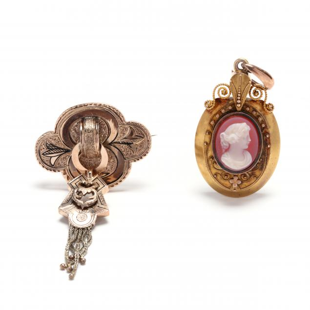 two-antique-gold-jewelry-items