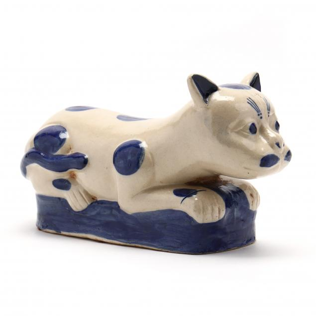 a-chinese-ceramic-cat-pillow