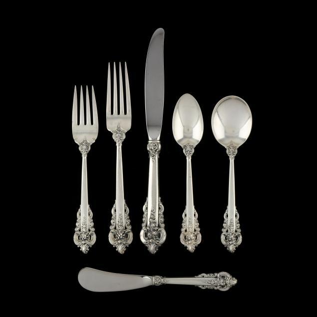 wallace-grand-baroque-sterling-silver-flatware-service