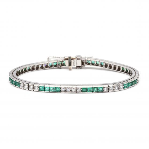 platinum-diamond-and-emerald-bracelet